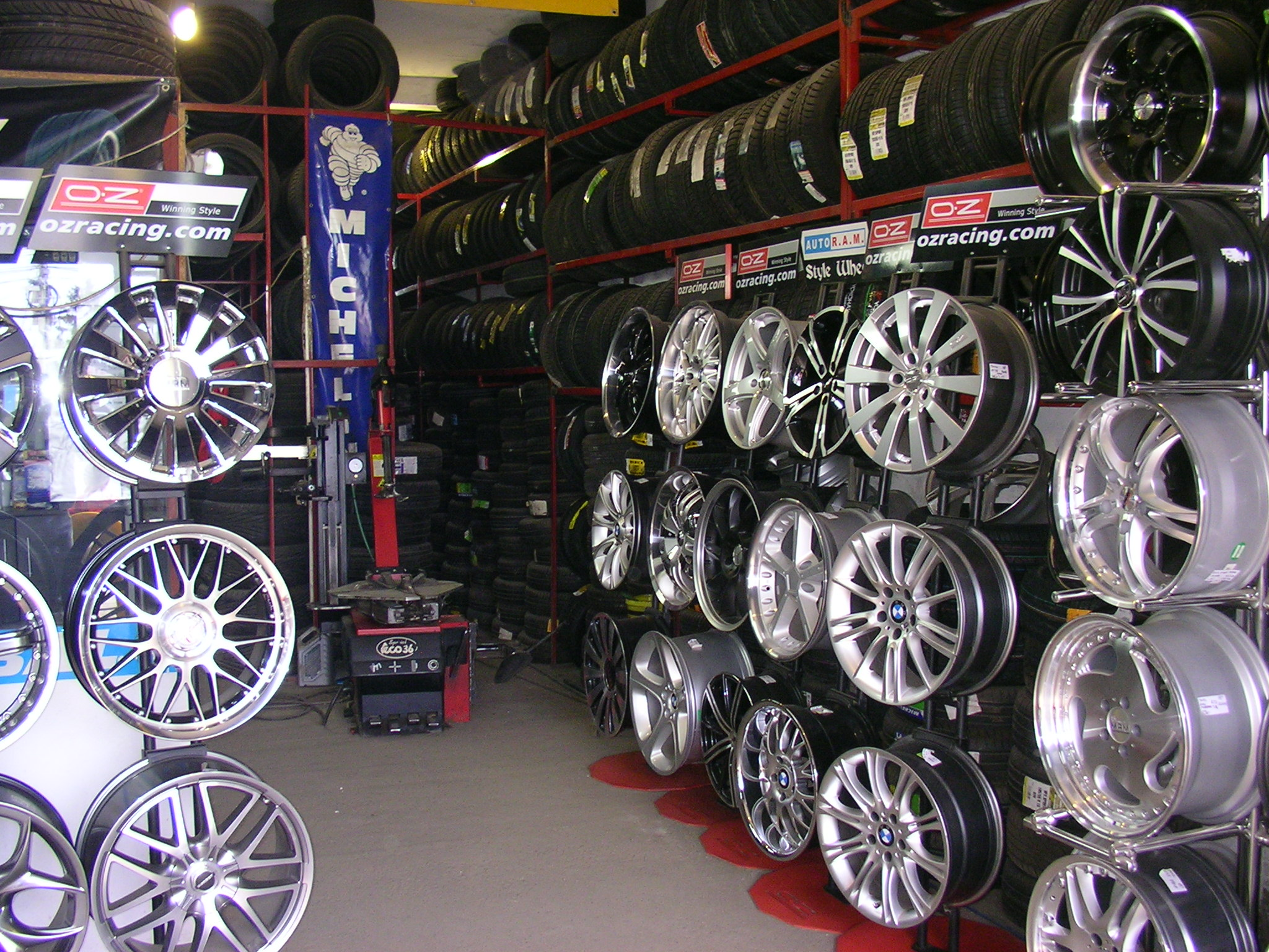 old_showroom7.jpg